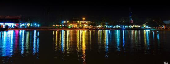 Pousada Manaca Inn: Está sacada desde el muelle, la noche es hermosa, se disfruta mucho.