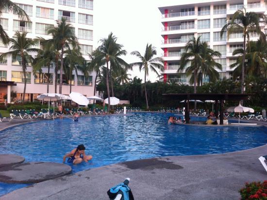 Ocean Breeze Nuevo Vallarta: Area de la piscina
