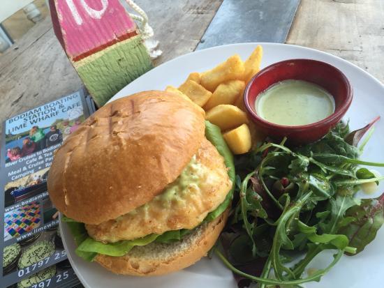 Newenden, UK: Hake burger with Rocket mayo