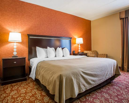 Vineland, Nueva Jersey: KING BED