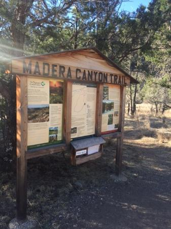 Madera Canyon Hiking Trail
