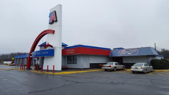 Montgomery, NY: Main Entrance