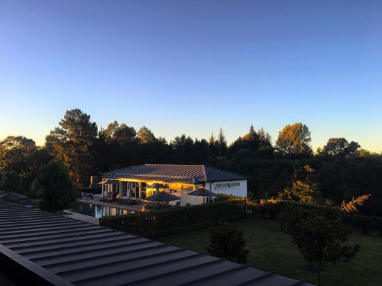 陶波湖希爾頓酒店照片