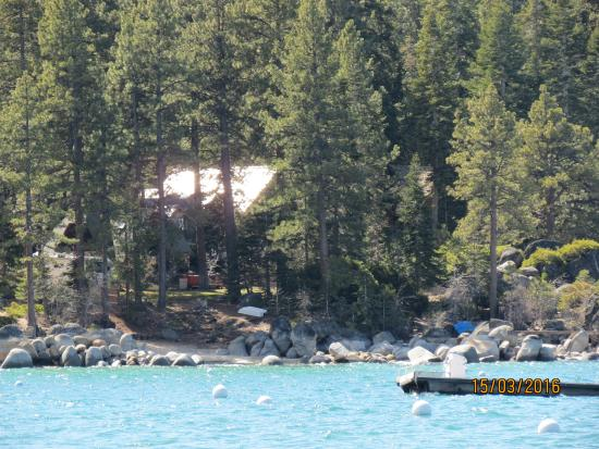 Harrah's Lake Tahoe: Lake area