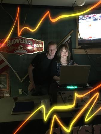 Rapid City, ميتشجان: DJ & Karaoke