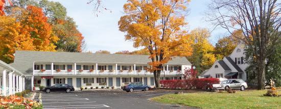 Roosevelt Inn: Exterior