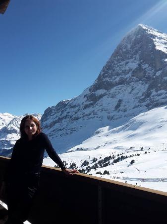 Kleine Scheidegg, Suiza: Terasse Aussicht