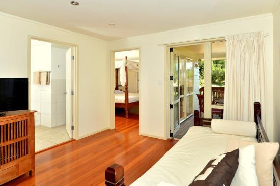 Avalon Resort: Living room - Cottage