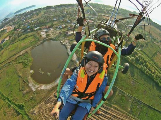 Langkawi Gliders: joyful flushed out of that smile