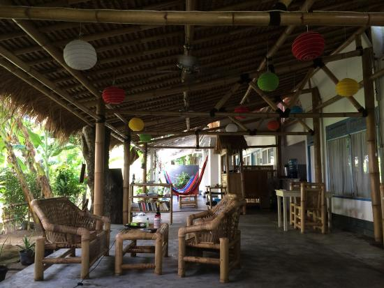 Damai Homestay: Colorful Lampion And Hammock
