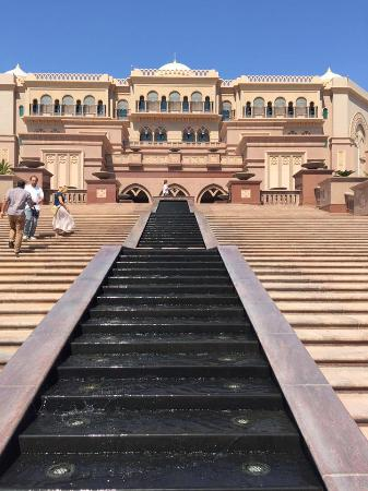 steps up to hote picture of emirates palace abu dhabi tripadvisor rh tripadvisor com