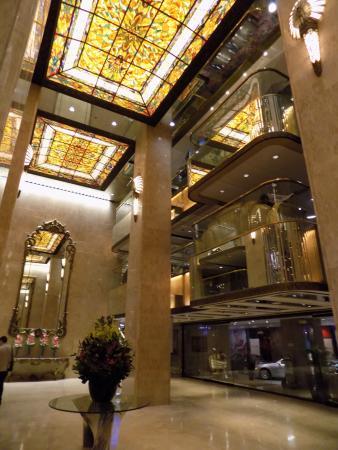 Regal Kowloon Hotel: Lobby