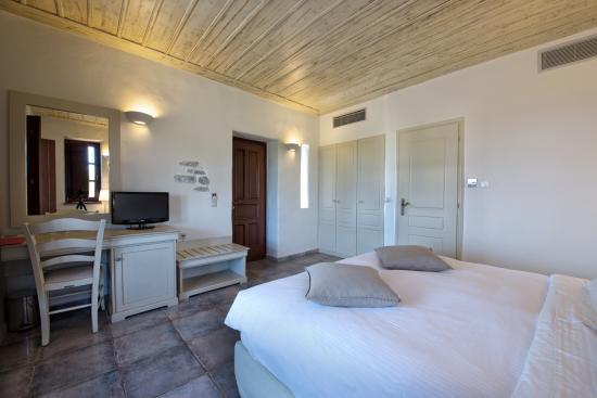 Castello Antico Beach Hotel: Double room