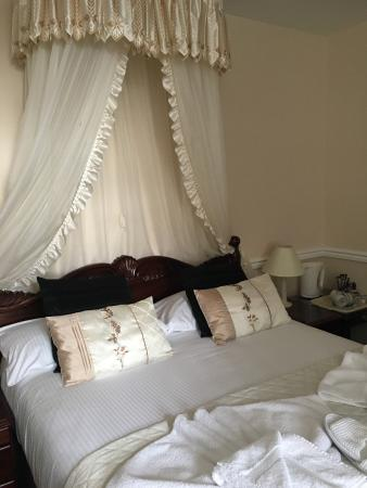 Bed & Breakfast in Beaumont House x