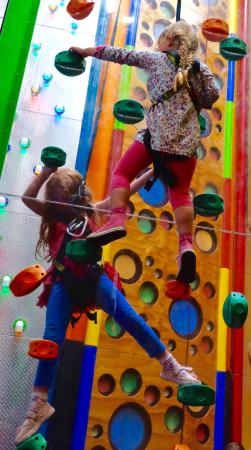 Clip 'n Climb Exeter: Face to face race...