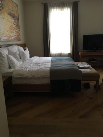 Tomtom Suites: photo2.jpg