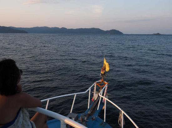 Dive The World: Cruising into the Surin Islands