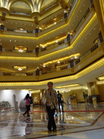un particolare dell interno picture of emirates palace abu dhabi rh tripadvisor ie