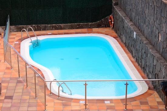 Apartamentos los manueles san agust n arvostelut for Piscina 02 manuel becerra