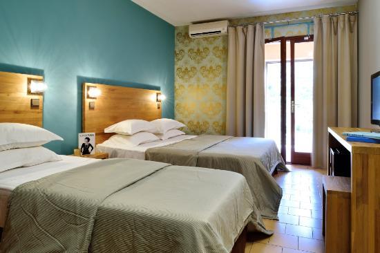 Hotel Le Lonca, hôtels à Ota