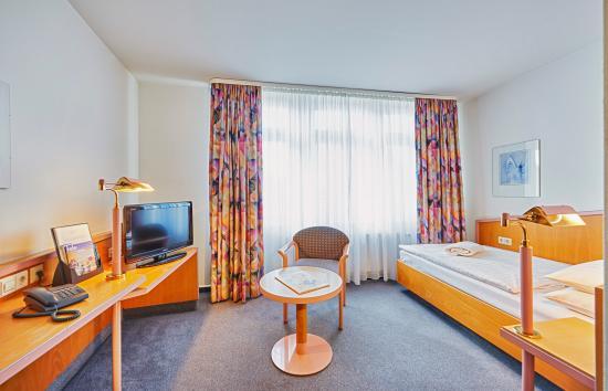 Brita Hotel Stuttgart: Einzelzimmer Standard