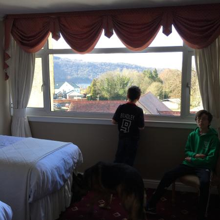 Lonsdale House: Immaculate little hotel. I stayed here on 31st March 2013 with my two son's and my two dogs.