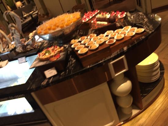 โรงแรมพลาซ่า แอทธินี แบงคอก, อะ รอยัล เมอริเดียน: photo1.jpg