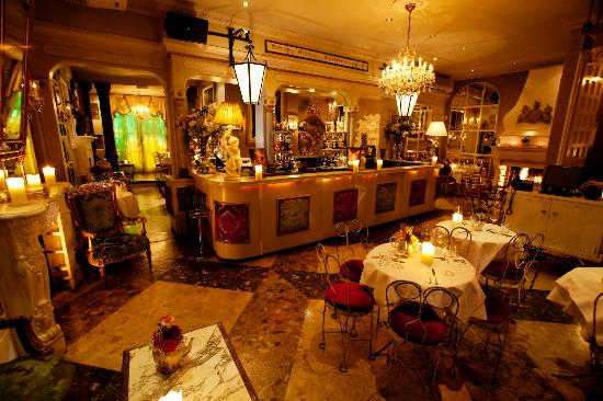 Beach Blanket Babylon Bbb Front Bar