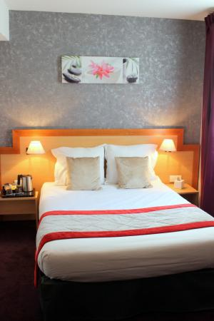 Hotel du Chemin vert Paris: DOUBLE SUPERIEURE