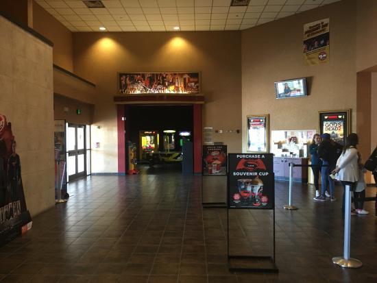 ‪Cinemark Texarkana 14‬