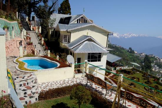 Central Nirvana Resort, Darjeeling