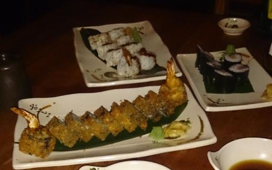 The Dynamite Shushi Roll is excellent!