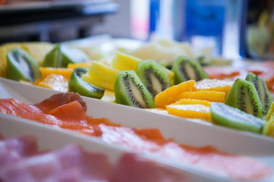 NH Castellón Mindoro: Breakfast