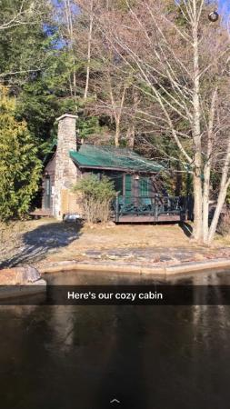Adirondack Vacations - Harbor Hill Cottages