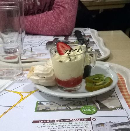 Un des desserts photo de crescendo restaurant beaune - Cours de cuisine beaune ...