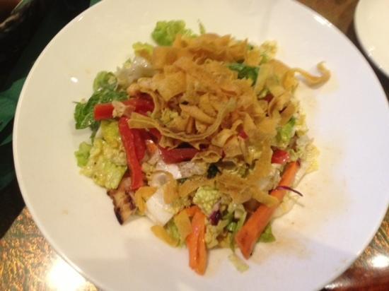 Emerald Restaurant: Emerald - Chicken Oriental salad