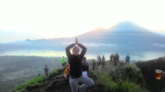beautiful pose picture of bagus bali sunrise trekking kintamani rh tripadvisor co nz