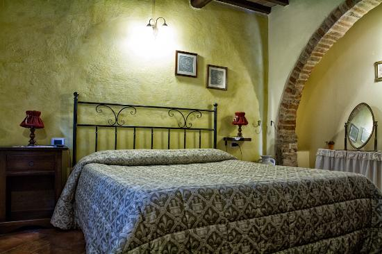 Montespertoli, Italien: Apartment Cipresso