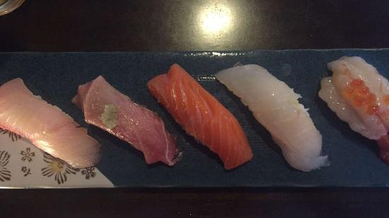 Sakae Restaurant: First 5 pieces of sushi. The 2nd piece from the left was Toro (great).
