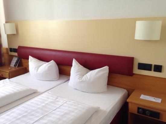 photo0 jpg picture of feringapark hotel munich tripadvisor rh tripadvisor com