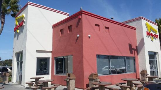 Restaurant de l 39 ext rieur picture of in n out burger for Exterieur restaurant