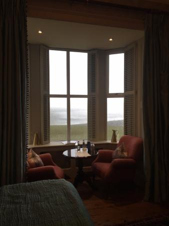 Moy House: MoyMore Romance Junior Suite - Window looks out to Ocean -