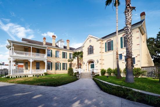 Photo of Mosheim Mansion Seguin