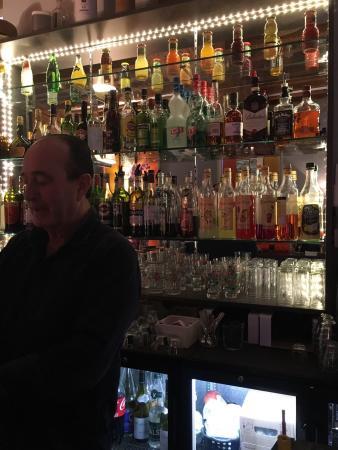 Vienne, France: On y mange bien, vite, propre, j'y viens souvent et je viendrai encore.   Merci a l'équipe