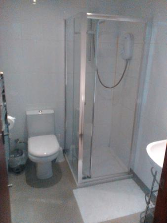 Edward Hotel: En-Suite in Double