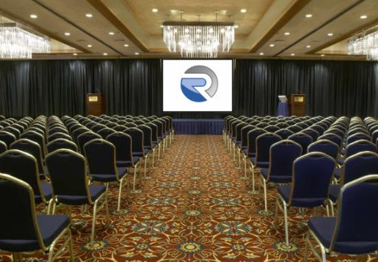 Racine Architect Hotel & Conference Center: Grand Ballroom