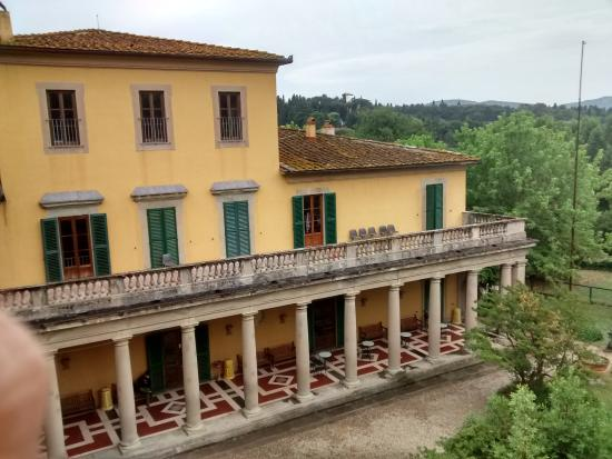 Villa Camerata Youth Hostel Photo