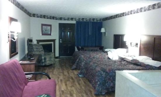 Maples Motor Inn Photo
