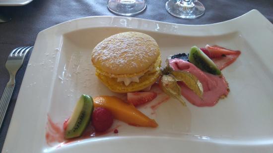 Pezilla-la-Riviere, فرنسا: Macaron au mascarpone