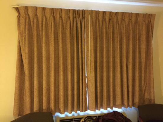 curtains that don t cover the window and look out on a corridor rh tripadvisor com